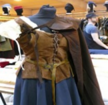 Vêtements Habit Féminin XVIIe siècle Orange 2017