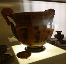 Etrurie Céramique Cratère Volutes Néoptolème Ferrare
