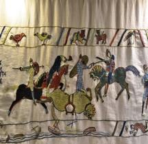 1 Tapisserie Médieval Tapisserie de Bayeux Copie Chateau de Pirou
