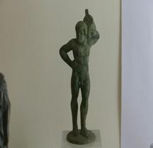 Etrurie Statuette Bronze Homme Portant jarre eau