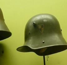 Deutscher Stahlhelm M1916 Garde