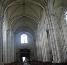 Maine et Loire Le Puy Notre Dame Eglise Notre Dame