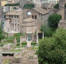 Rome Rione Campitelli Forum Romain Temple de Romulus