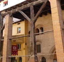 Bologna Corte Isolani