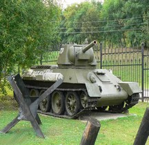 T 34 /76 modèle 1942 Moscou