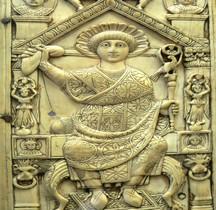 Rome 2-3 Bas Empire Ivoire  Diptyque consulaire de Flavius Anastasius Probus Paris BNF