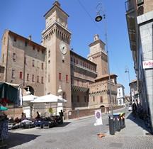 Ferrare Castello Estense Exterieur