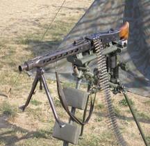 Maschinengewehr 42  Lafette Fliegerdreibein Tripod  Beltring