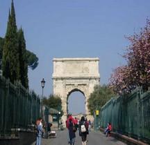 Rome Rione Campitelli Forum Romain Arc de Titus
