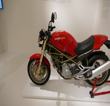 Ducati 1993 Monster 900  Bologne