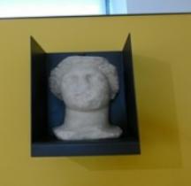 Rome.02 Buste féminin Rimini