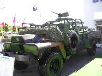 ACMAT TPK 436 STL 2 Eurosatory 2006