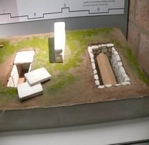 8 Médieval Merovingiens Tombes Diverses Maquettes Bruxelles