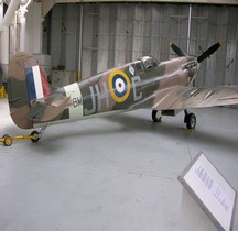 Supermarine Spitfire Mark 5 b Duxford