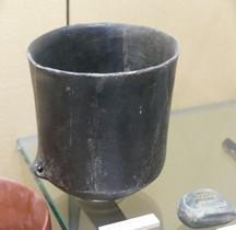 1.2 Néolithique MoyenPré.Chasséen Ceramique Marmitte Menton