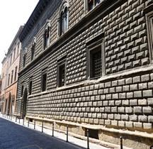 Bologna Palazzo Sanuti Bevilacqua degli Ariosti