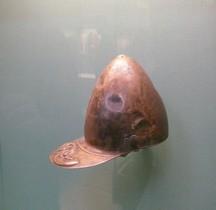 Militaria Bretagne Casque Caledonien 1e siècle JC