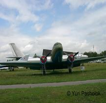 Lisunov Li-2 B Cab