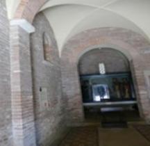 Bologna Basilica Santo Stefano Chiesa Trinita Martyrium