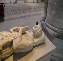 Seine St Denis St Denis Basilique 3.10.1.3 Robert II d'Artois Gisant