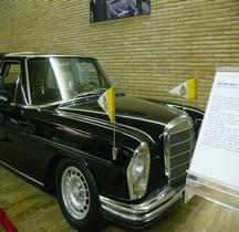 Mercedes 300 SL Limousine Papamobile 1966 Vatican