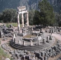 Phocidie Delphes Tholos Sanctuaire d'Athéna Pronaia.