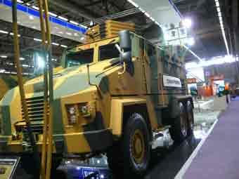 BMC 350 16 Z MRAP Eurosatory 2012