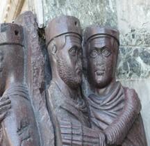 Statuaire Empereur  Monumento  ai Tetrachi Venise Piazza San Marco Palazzo San Marco  Copie
