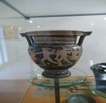 Etrurie Céramique Cratère aux Centaures Sasso Marconi Tombe II Marzabotto