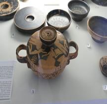 Etrurie Céramique Lekanis aux Eros Ferrare