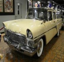 GAZ T13 Chaika Ambulance 1959