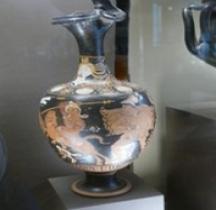 Grande Grèce Apulie Céramique Ooenoechoe du Saccos  Louvre