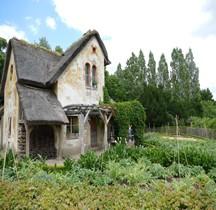 Yvelines Versailles Petit Trianon Hameau reine  Maison Jardinier