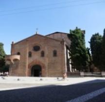Bologna Basilica Santo Stefano  Chiesa Crossifisso