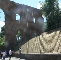 Rome Rione Campitelli  Palatin Aqueduc Aquae Claudia