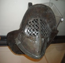 Gladiateur Thrace Casque Pompéï Naples