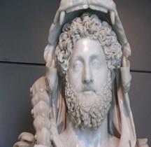 Statuaire Rome Empereur Commode en Hercule  Rome Musée du Capitole