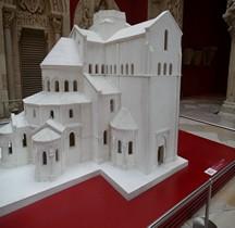 Saone et Loire Paray le monial Basilique  Saint-Sauveur  Vierge Marie et  saint Jean-Baptiste