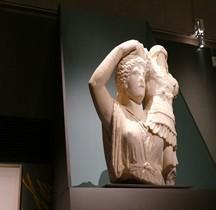 Statuaire Rome Victoire Portant un Trophée Apollonie d'Epire Paris Louvre Arles 2019
