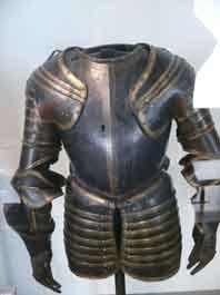 1550 Demi Armure Maréchal de Biron (Paris )