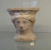 Etrurie Céramique Thymiaterium à tête féminine Ensérune