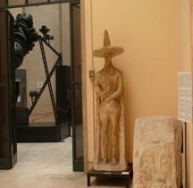 Statuaire Italie Guerriero di Capestrano Copie Rome EUR