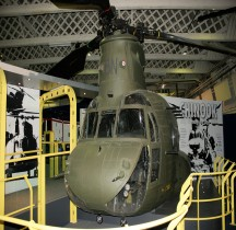 Boeing CH-47 D Chinook Hendon