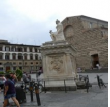 Florence Basilica san Lorenzo Monumento a Giovanni delle Bande Nere 1540