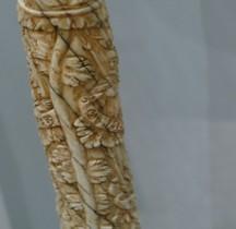 Statuaire Médiévale Corne de Narval  Procuratie Nuove Venise