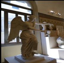 Statuaire Panthéon Vittoria Alata di Brescia Bologne Copie