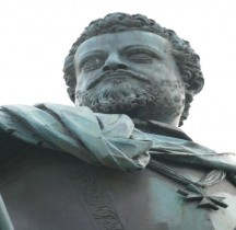 Florence Piazza Santissima Annunziata Statua equestre di Ferdinando I de' Medici