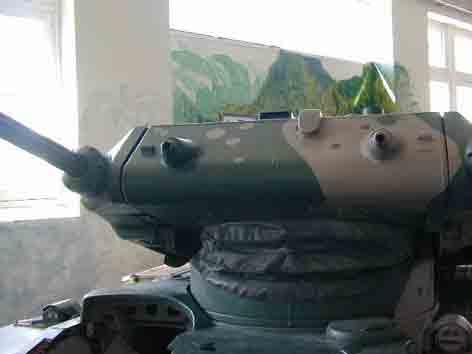 Engin Léger de Combat  30  ELC 30 Saumur