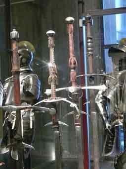 Arme Blanche 1500 Epée à 2 mains  Bruxelles