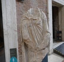 Rome Rione Campitelli Forums Impériaux 5 Forum Trajan  Statuaire Humaine